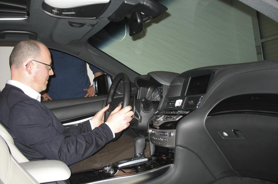 Geneva motor show: Infiniti M