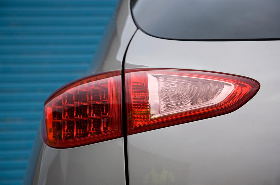Infiniti EX rear lights