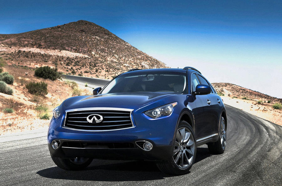 Facelifted Infiniti FX revealed