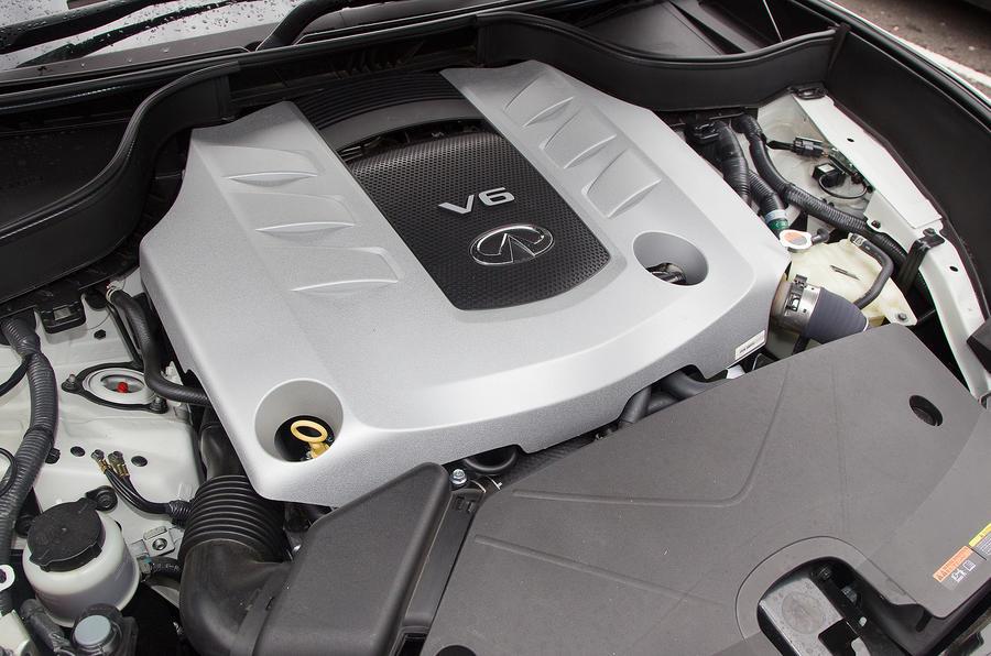 Infiniti FX 3.0-litre V6 diesel engine