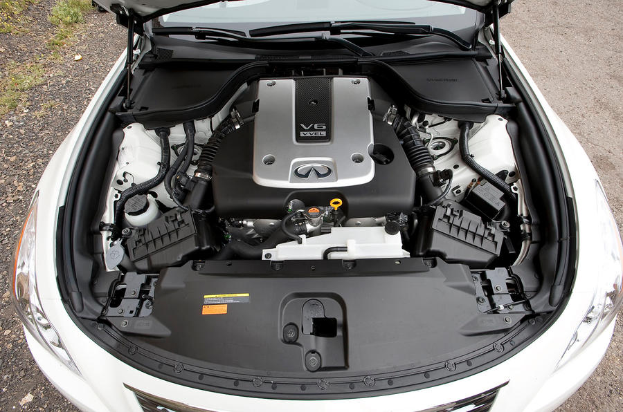 3.7-litre V6 Infiniti G Series engine