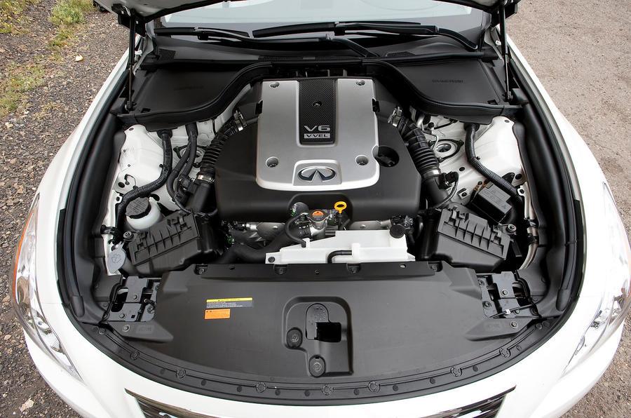 3.7-litre V6 Infiniti G Series engine