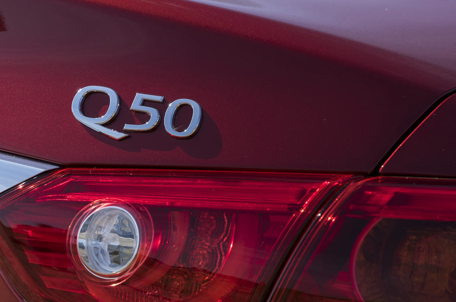 Infiniti Q50 badging