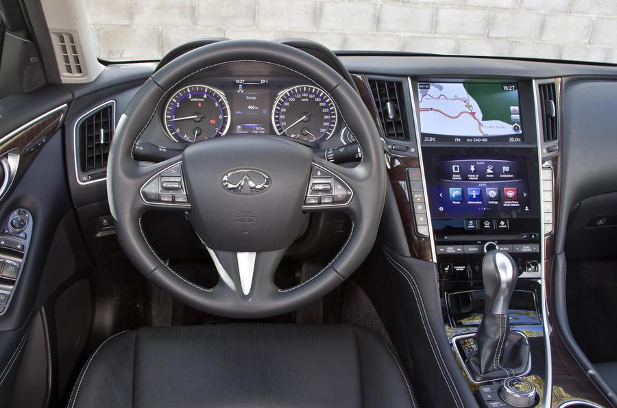 Infiniti Q50 dashboard