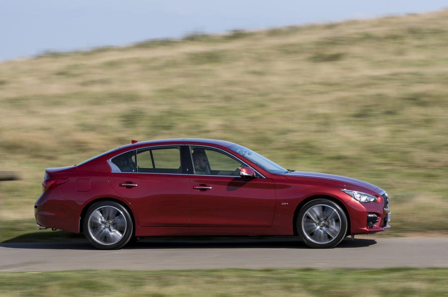 Infiniti Q50 side profile