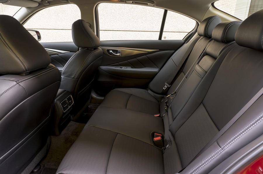 Infiniti Q50 2.0t Sport rear seats