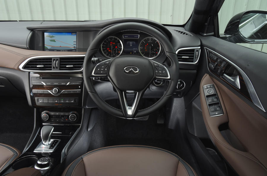 Px Infiniti G also Android Alliance Nissan Montage further Infiniti Qx additionally S Essai Video Infiniti Q Mieux Vaut Tard Que Jamais moreover Infiniti Q Dashboard. on infiniti q30