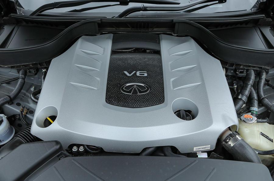 Infiniti QX70 3.0-litre V6 diesel engine