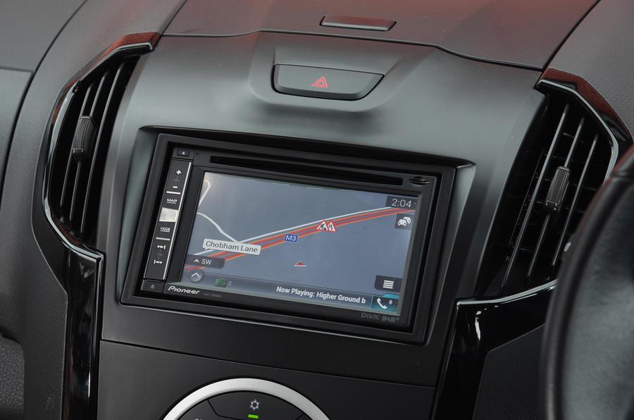 Isuzu D-Max infotainment system