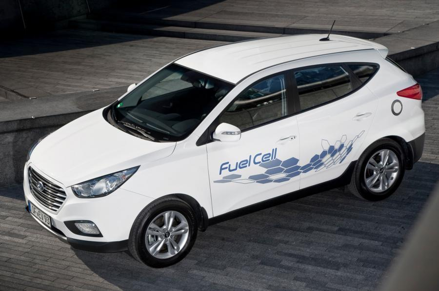 100mph Hyundai ix35 Fuel Cell