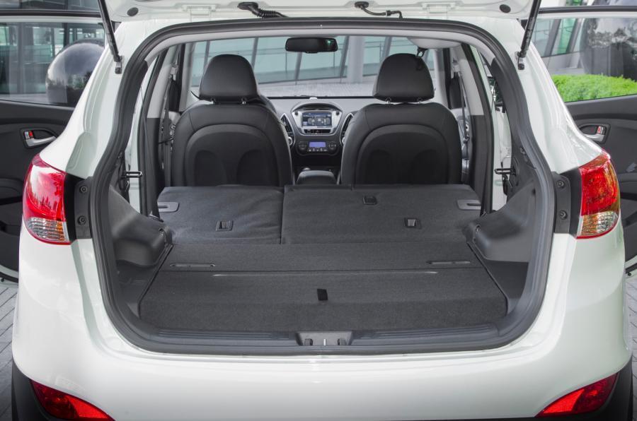 Hyundai ix35 Fuel Cell Review (2017) | Autocar