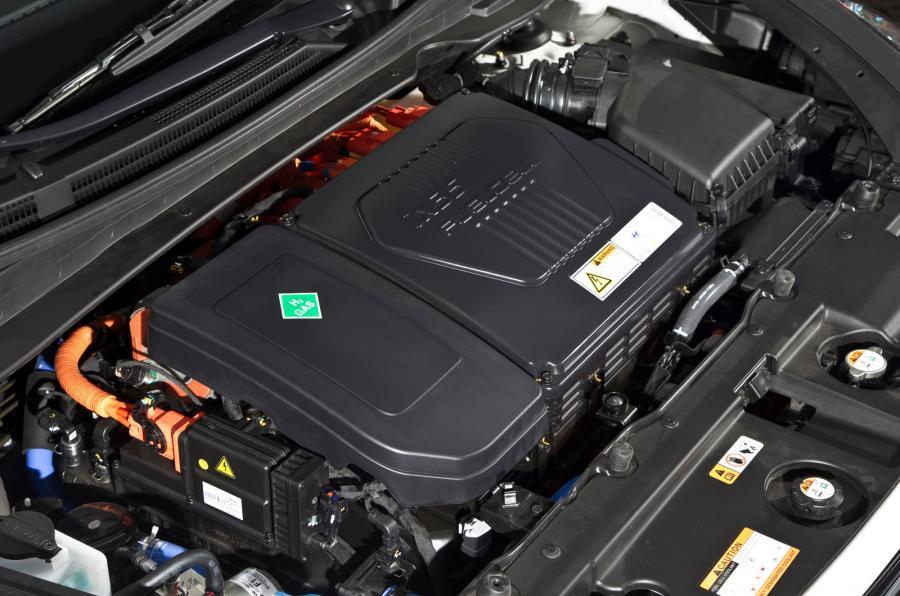 Hyundai ix35 hydrogen engine bay