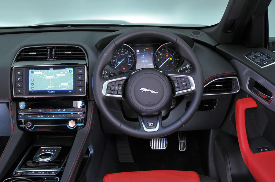 jaguar f pace interior autocar. Black Bedroom Furniture Sets. Home Design Ideas