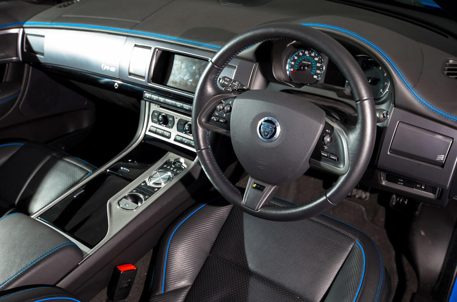 Jaguar XFR-S dashboard