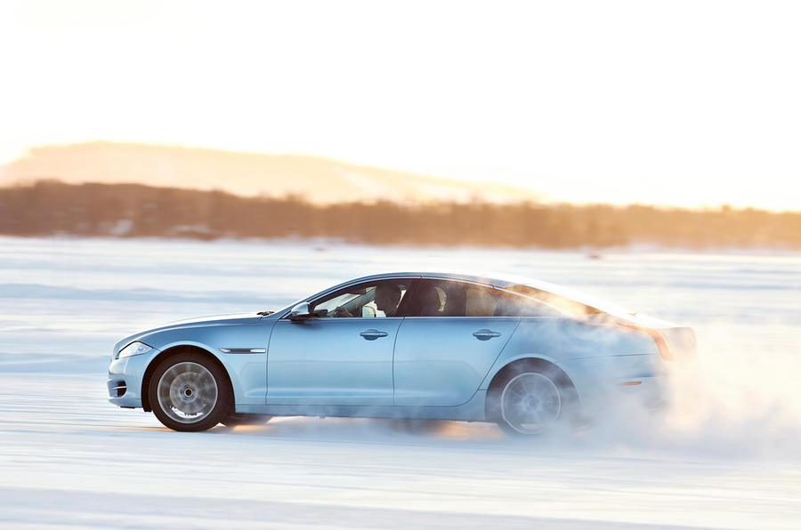 Jaguar XJ AWD model