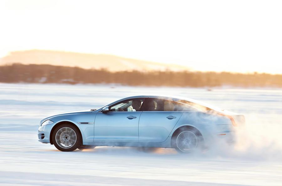 Jaguar XJ AWD model