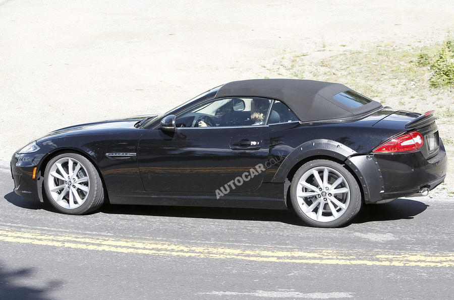 Jaguar XE - spy pics and details