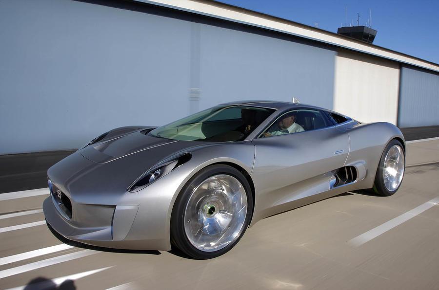 Jaguar 'wants a supercar'