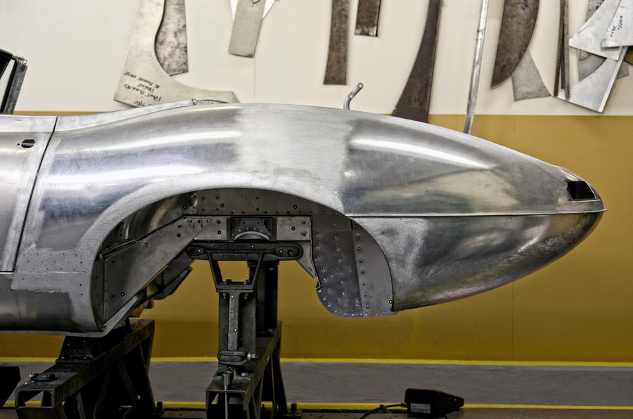 Jaguar to build six new Lightweight E-types