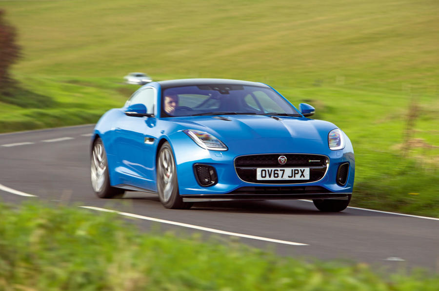 Jaguar F-Type 2.0 cornering