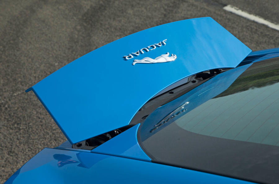 Jaguar F-Type 2.0 powered bootlid