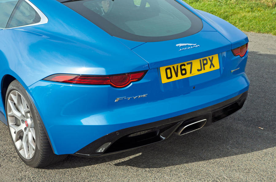 Jaguar F-Type 2.0 rear end