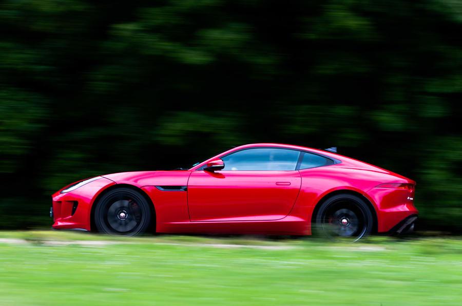 ... Jaguar F Type S ...