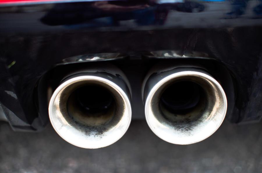 Jaguar F-Type twin exhaust