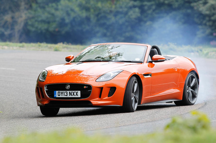 Jaguar F Type ...