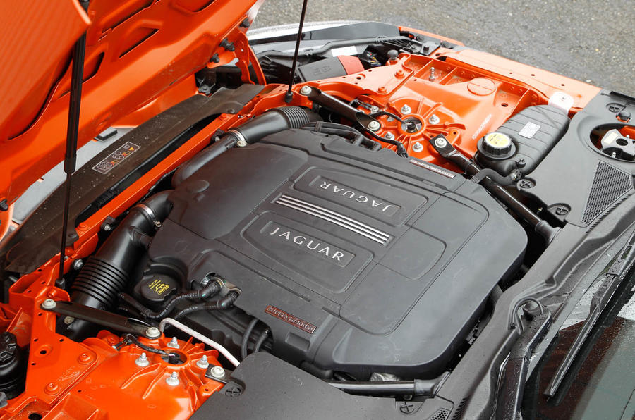 Jaguar F-Type Convertible engine bay