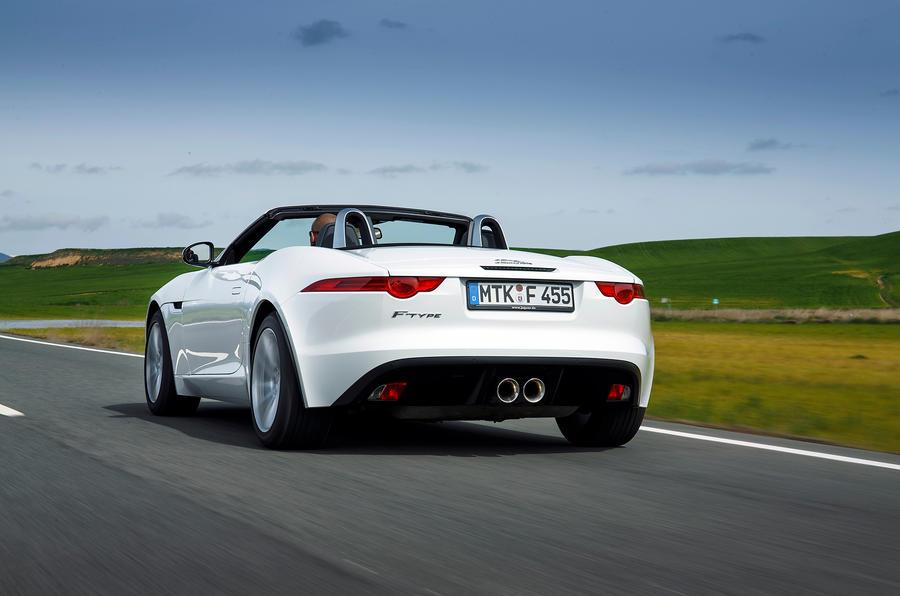 Jaguar F-type V6 rear