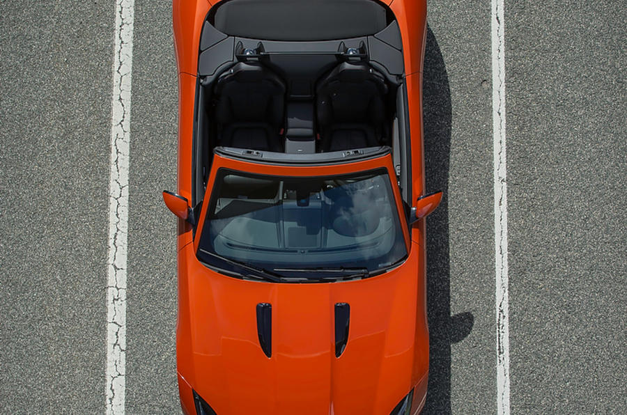 Jaguar F-type V8 S open roof
