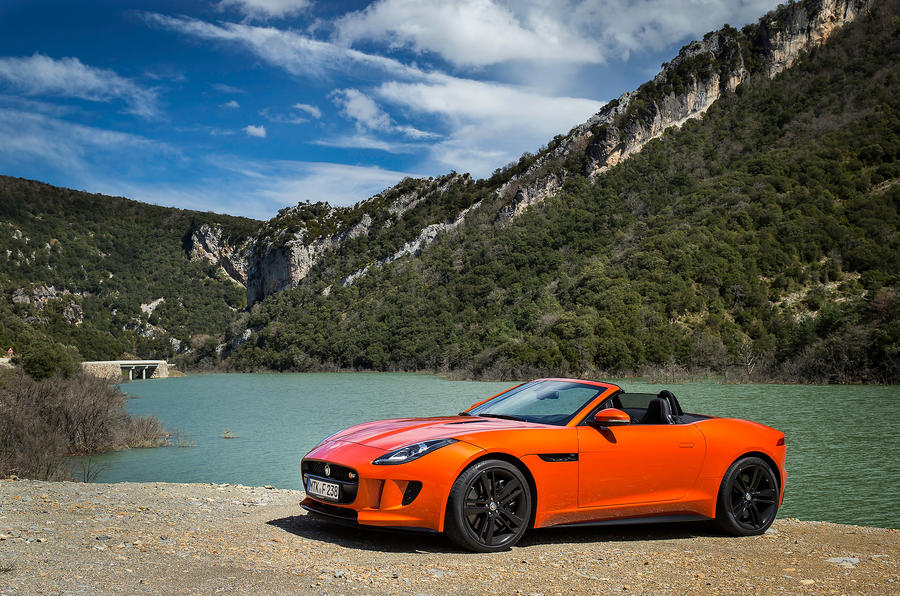 4.5 star Jaguar F-type V8 S