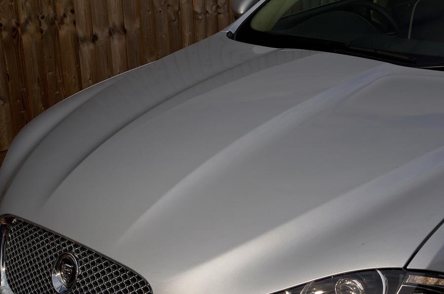 Jaguar XF bonnet curves