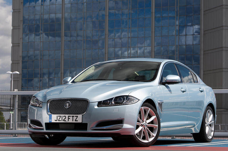 New Jag XF dips below £30k