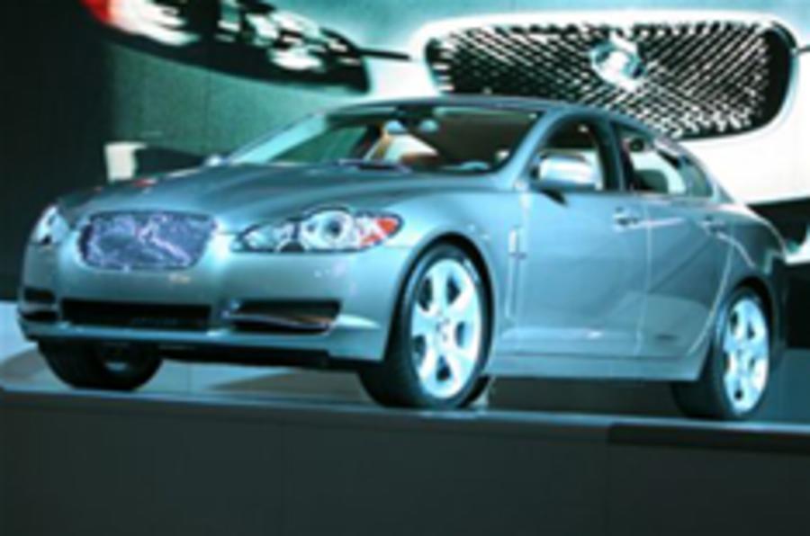 Jaguar XF scoops What Car? gong