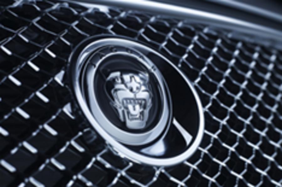 Union backs Tata in bid for Jaguar