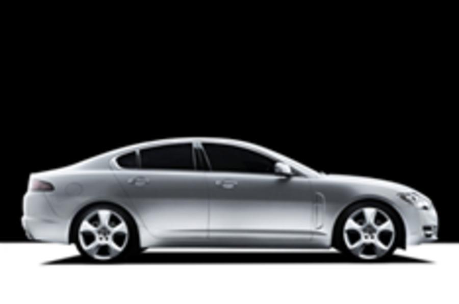 Jaguar considers cheaper, low-C02 XF