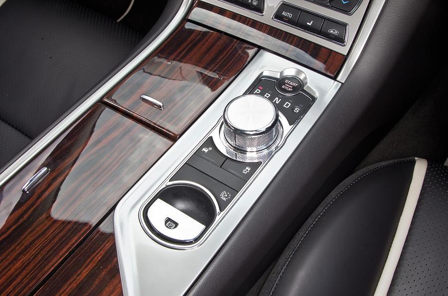 Jaguar XF automatic gearbox