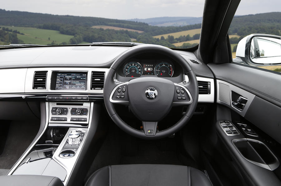 Jaguar XF R-Sport dashboard