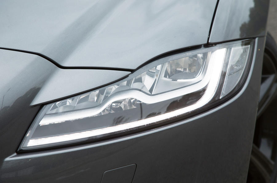 Jaguar XF headlights are a sign of its evolution