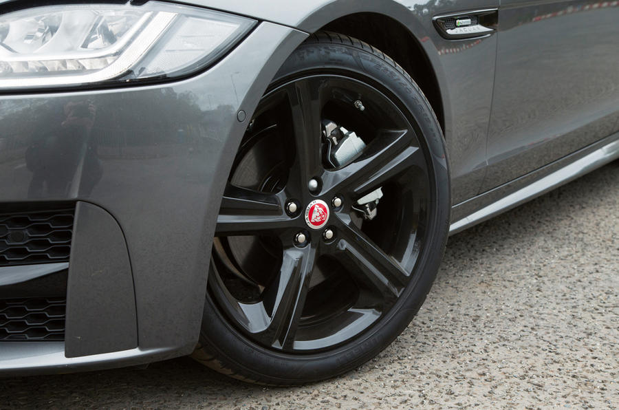18in Jaguar XF alloy wheels