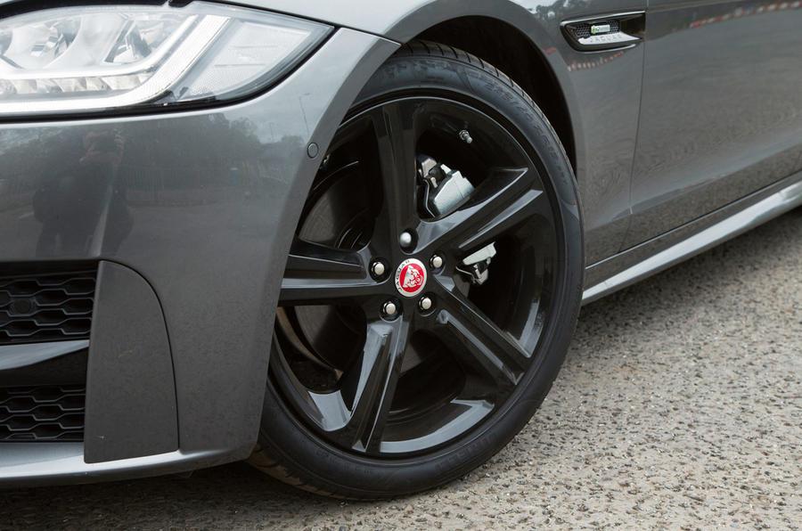 18in Jaguar XF alloy wheels