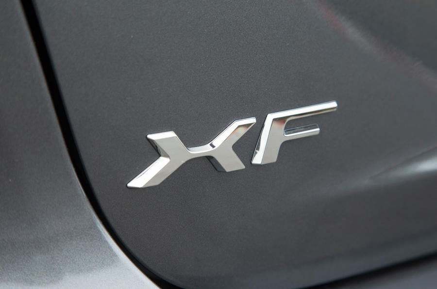 Jaguar XF badge