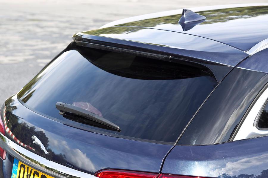 Jaguar XF Sportbrake rear window