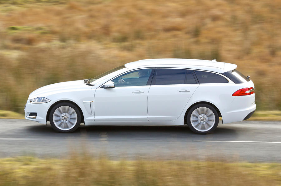 Jaguar XF Sportbrake side profile