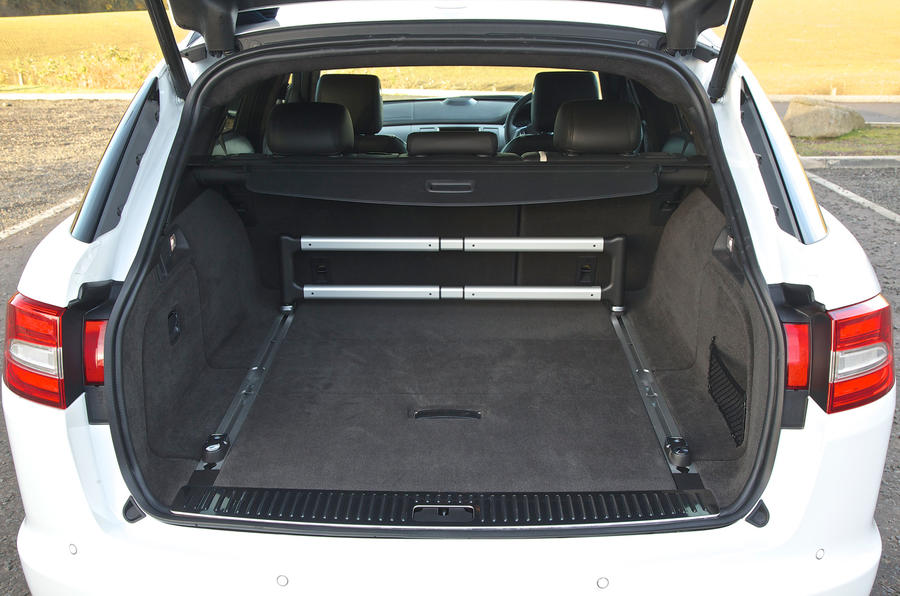 Jaguar XF Sportbrake seating flexibility