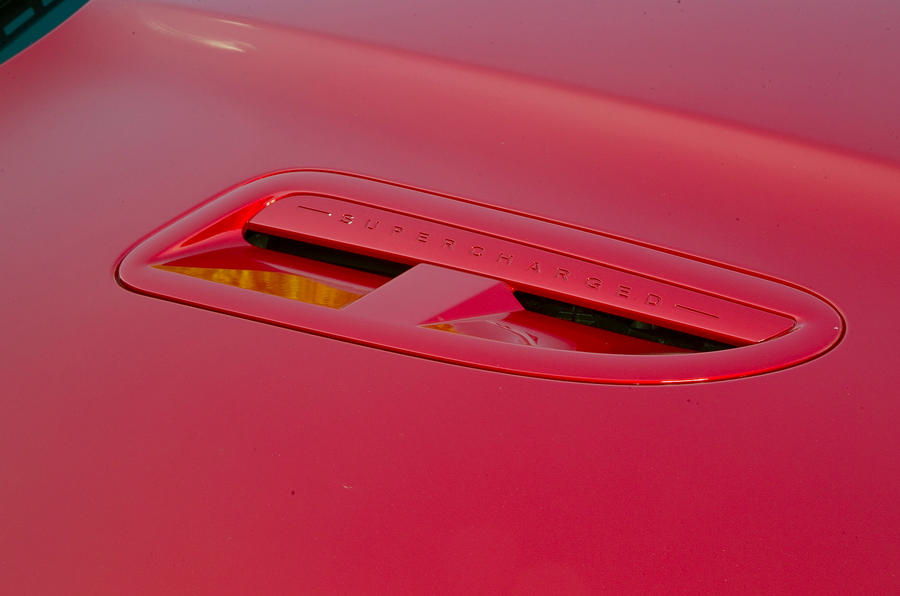 Jaguar XFR bonnet scoop
