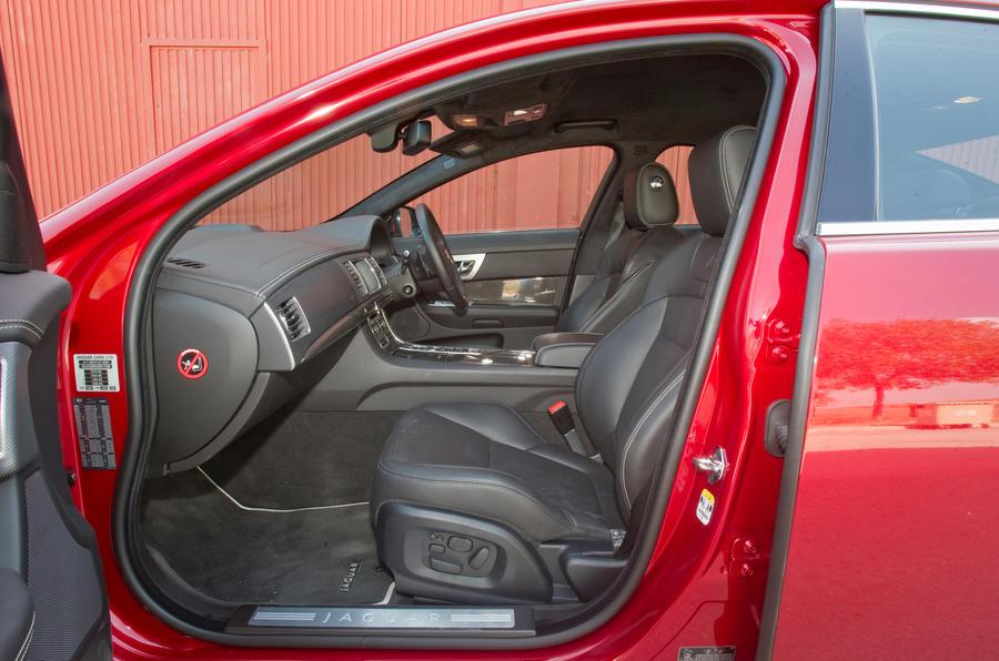 Jaguar XFR front seats
