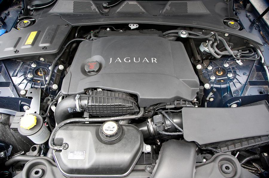 Jaguar XJ V6 diesel engine